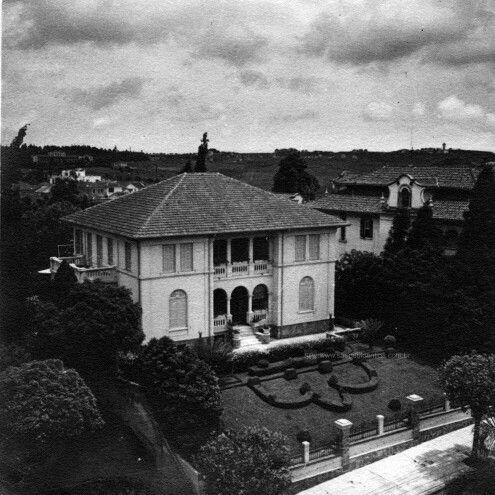 Década de 20 - Palacete da família Schiesser no bairro de Higienópolis.