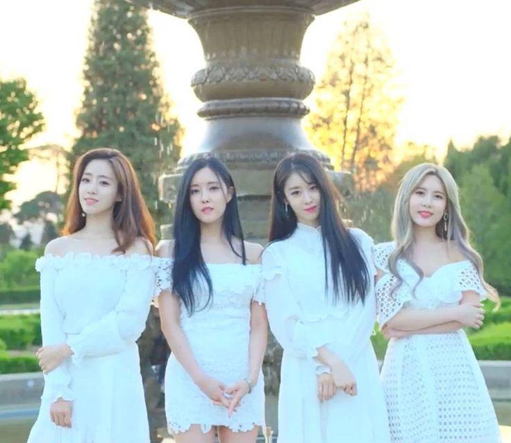 T-ara:  Eunjung, Hyomin, Jiyeon & Qri