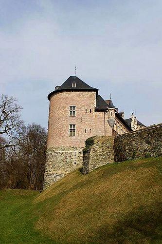 Gaasbeek Castle: Castles Knights, Gaasbeek Castles, Castles Porn, Belgium Castles, Full Boards Castles, Castles Beautifulplac, Castles Travel And Plac, Castles Mans