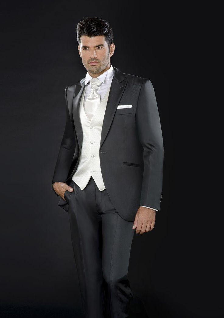 Ceremonia 2013 Enzo Romano. Moda masculina. Ropa para novios