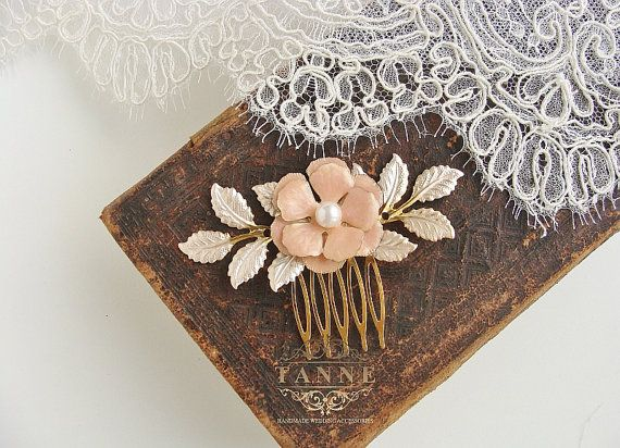 Champagne flower hair comb Gold leaf headpiece by TanneDesign