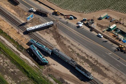 Federal Safety Board Wants Map Apps to Include Grade Crossings After investigating a crash for almost two years the National Transportation Safety Board issued the recommendation to 14 companies including Apple and Google. Technology Maps Traffic Accidents and Safety Mobile Applications