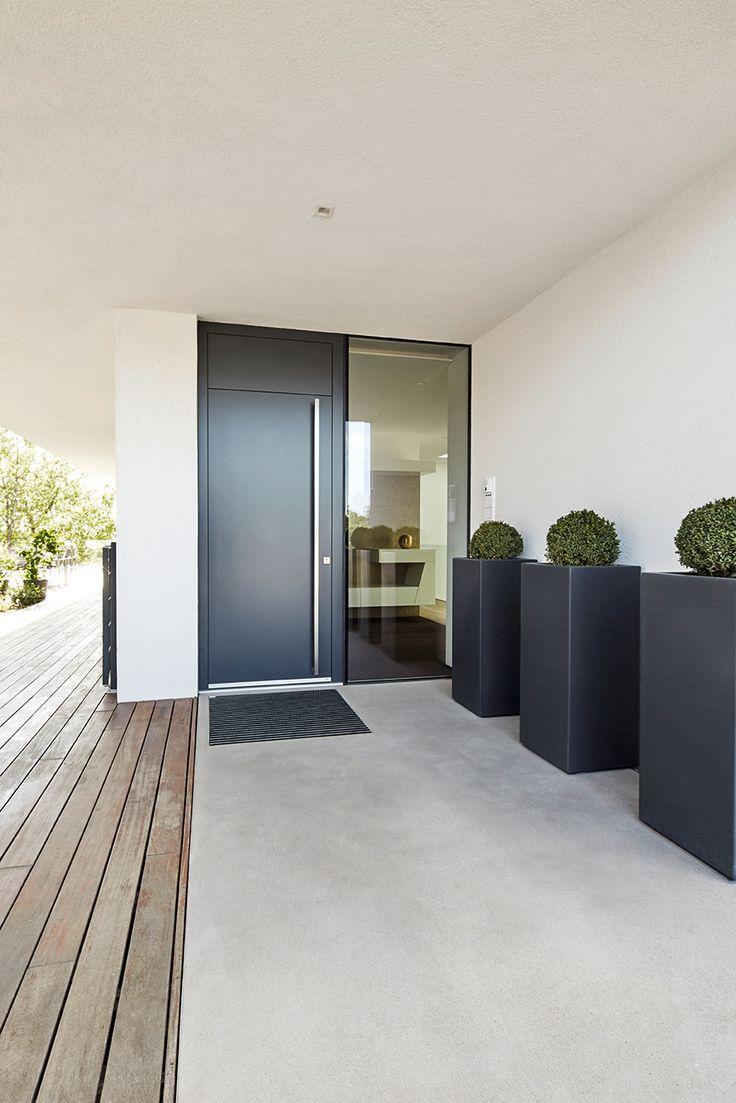 Diese Anthrazitfarbene Haustür Mit Seitenteil Aus Glas