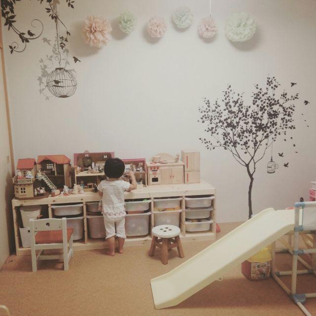 nishimuさんの、部屋全体,ナチュラル,IKEA,壁,和室,子ども部屋,キッズルーム,おもちゃ収納,女の子の部屋,こども部屋,キッズスペース,ペーパーポンポン,和室を洋室に ,和室を改造,ウォールステッカー♡,女の子部屋,キッズスペース♡,のお部屋写真