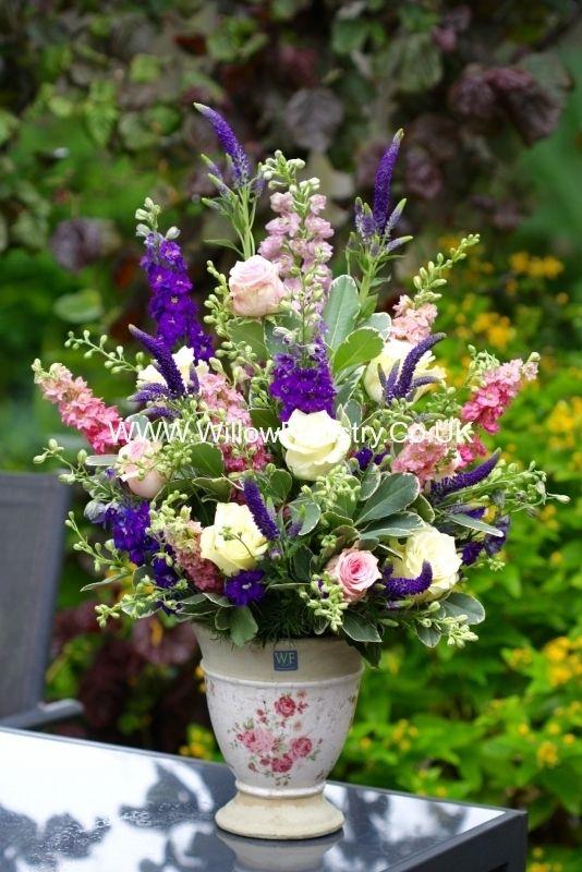 17 best ideas about spring flower arrangements on pinterest floral arrangements flower. Black Bedroom Furniture Sets. Home Design Ideas