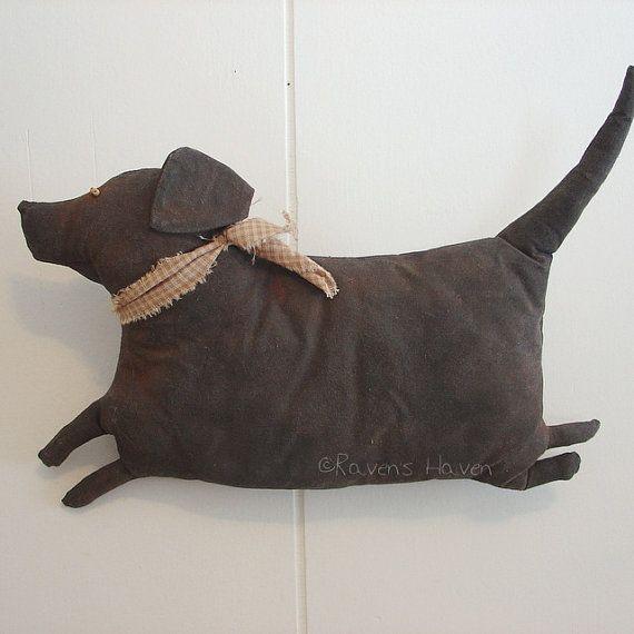 Fat Lab A Primitive Folk Art Dog Pattern from by thegoodewife