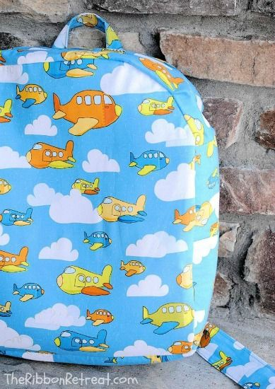 Toddler Backpack Tutorial - Perfect for daycare, preschool, or just for fun! {The Ribbon Retreat Blog}