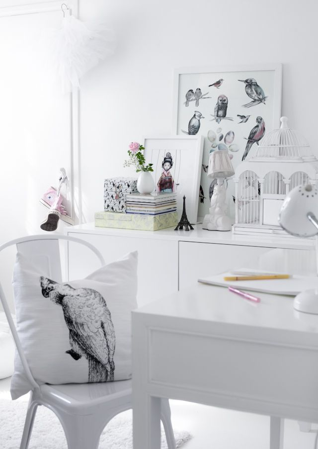 kids room//pretty decor and styling..