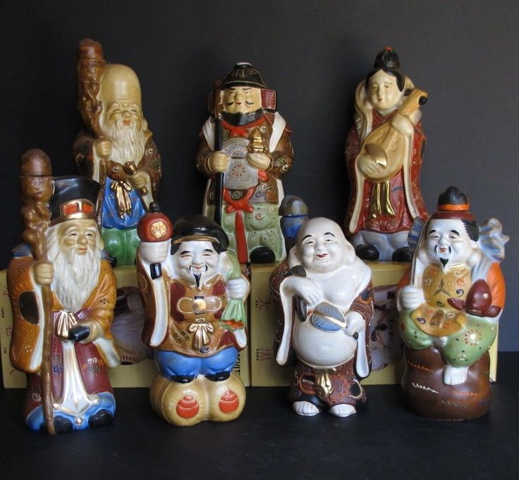 "Complete Set Asian Japanese ""Seven Lucky Gods"" Kamotsuru Sake Decanters Decanter"