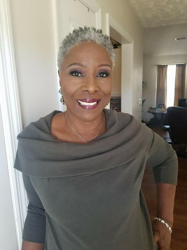 This Is The Style I Want Natural Gray Hair Short Natural Hair Styles Gray Hair Beauty