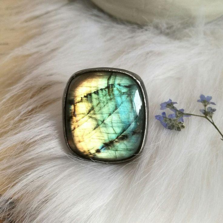 Labradorite ring 🍀🌸🌜