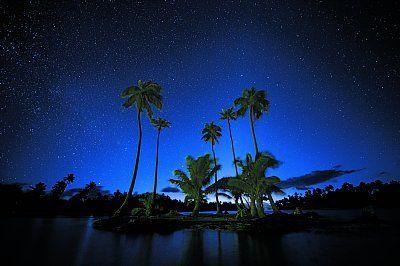 絶景の星空写真 ボリビア・ウユニ塩湖「360度の星空世界」