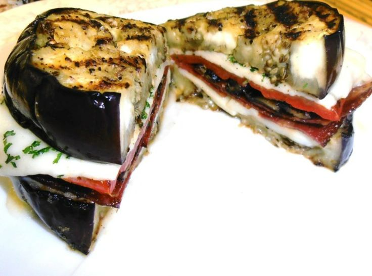 oh ma gah... grilled eggplant sandwich (breadless!!!)