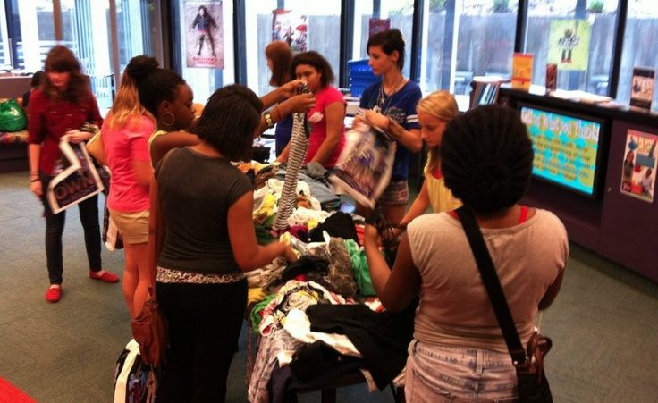 TheDailyCity.com: Swap N Shop for Teens at Orlando Public Library - A local blogger helps promote library programming!