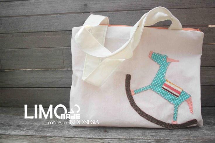 Kuda - limo-made.blogspot.com