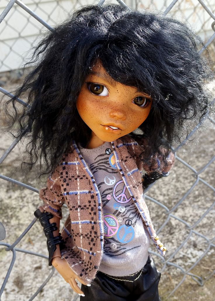 """Thank you all for the very nice comments on Clawdeen when I posted her! I feel very awkward that I don't know how to respond to reblogs without reblogging my own post a bunch of times. @oak23, I had..."""