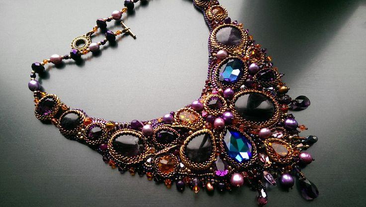 """Купить Колье из бисера и натуральных камней """"Новогодняя ночь"""" - фиолетовый, украшения ручной работы"""