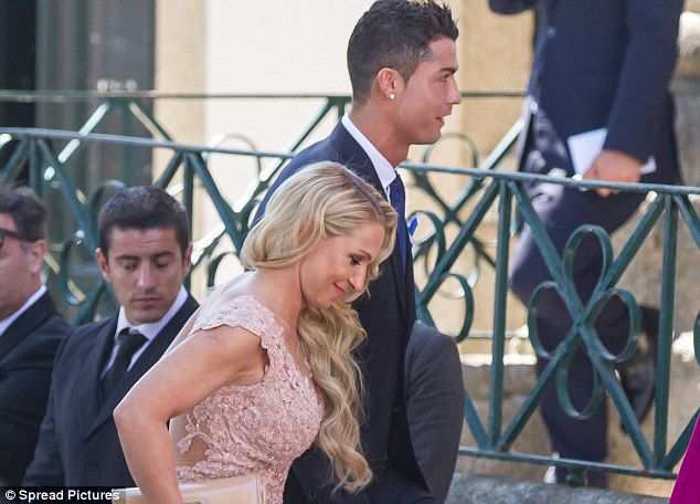 Cristiano Ronaldo reportedly buys his agentJorge Mendesa Greek Island as a wedding gift - http://www.nollywoodfreaks.com/cristiano-ronaldo-reportedly-buys-his-agent-jorge-mendes-a-greek-island-as-a-wedding-gift/