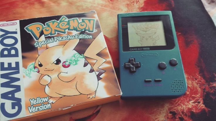 On instagram by spieedu2k #retrogaming #microhobbit (o) http://ift.tt/1YgFIza  #pokemon #pokemonyellow #gameboypocket #nintendo  #retrogames #pokedex #mew #glitch #yellowcolor