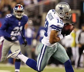 Every Wednesday Gridiron Experts talk about Fantasy Football trending stories, NFL news, and discuss reader questions. Have a question? Send us a tweet: @GridironExperts    Question 1: What kind of numbers can we expect out of Miles Austin opening night?
