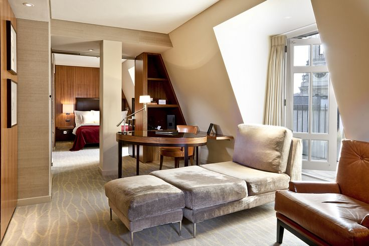 Among the rooms we have penthouses with a rooftop terrace to enjoy some of London's most iconic monuments.