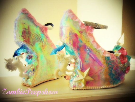 Hey, I found this really awesome Etsy listing at https://www.etsy.com/listing/189200199/unicorn-pegasus-crystal-spike-heelless