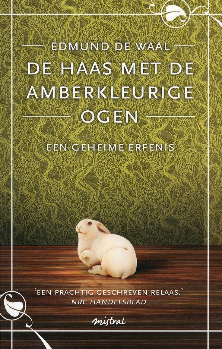 Boek van Edmund de Waal: De haas met de amberkleurige ogen. Heel mooi, leest als een trein!