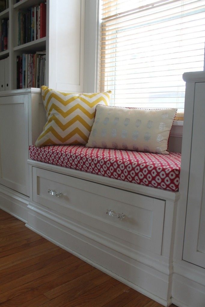 Duct Tape Decorating: wrap a cushion in fabric and affix underneath with duct tape!!  Love this!