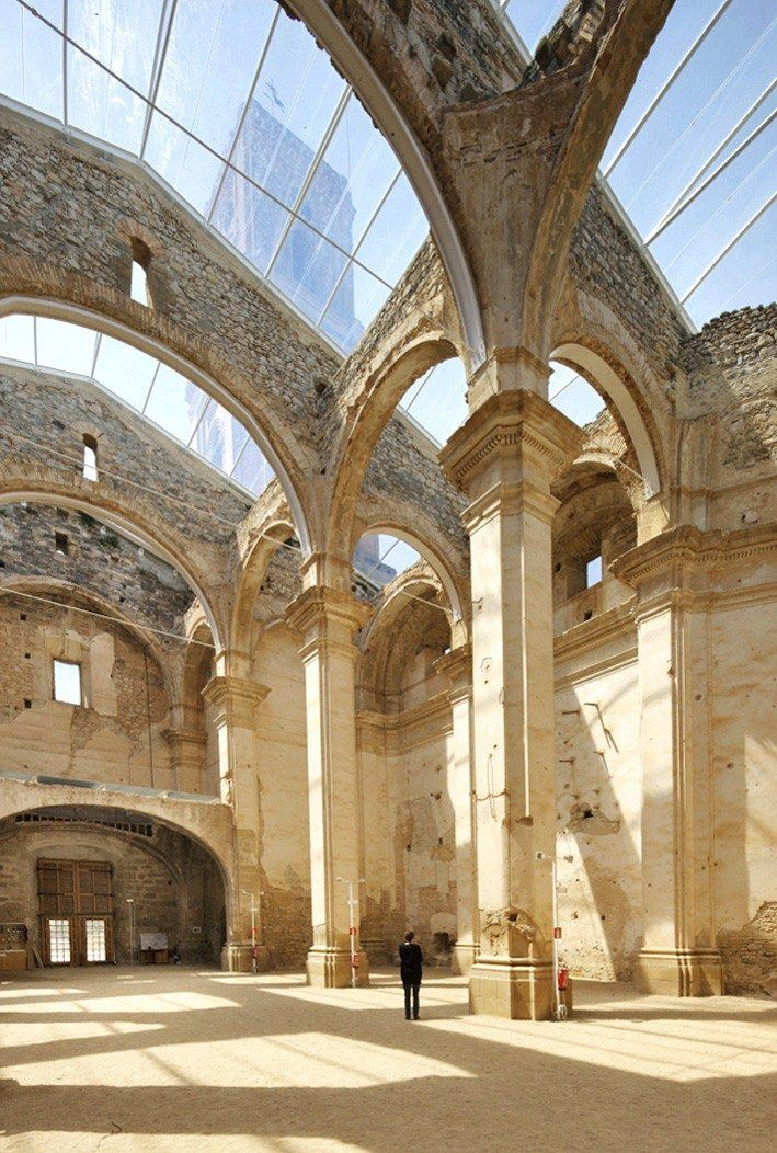 Huge Skylight Church Picture Gallery Architecture