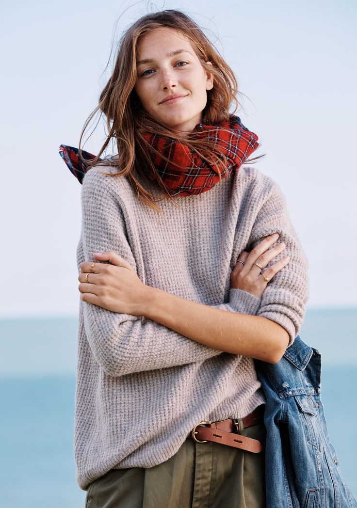 madewell home-for-the-holidays outfit idea: wafflestitch turtleneck worn with the tartan scarf, jean jacket + backcountry belt. #giftwell