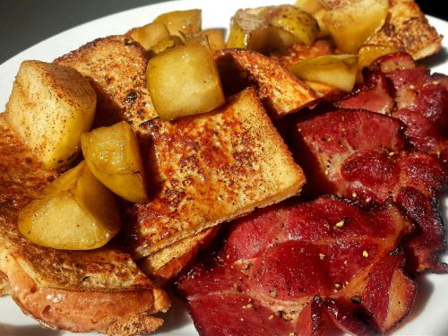 It's Autumn! Griddled french toast, brown butter salted apple, cottage bacon. via reddit