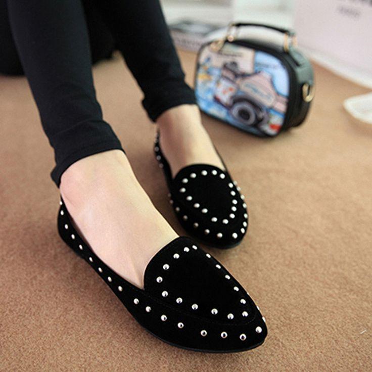 安い熱い販売の中国の靴新しいファッション2014年リベットの靴女性が指摘ジョーカーの靴、 女性カジュアルなフラットシューズ、購入品質女性の フラッツ、直接中国のサプライヤーから:Hot Sale New 2016 Low-heeled Women Sandal Shoes Side Empty Bling Sequined Cloth Pump Shoes Fashion Metal Toe Pointed Pum