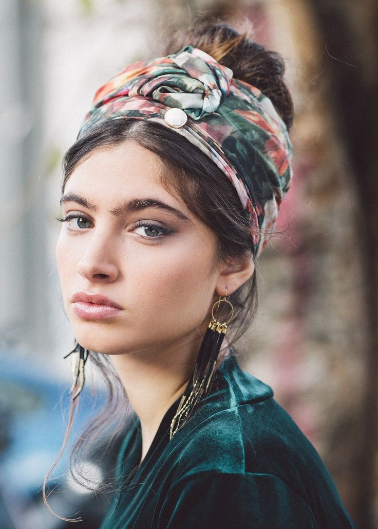 """Floral """"Shell"""" Turban Head Covering 