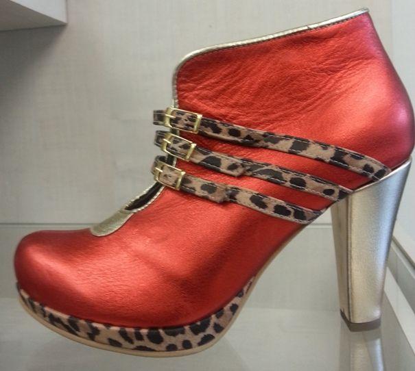 Moda, zapatos, calzado, botines, belleza