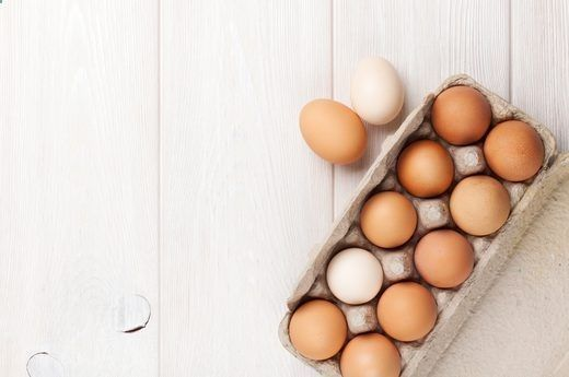 Best Muscle Building Foods: #1. Whole Eggs