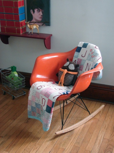 rocking chair: Quilt, Eames Rocker, Eames Chairs, Kids Baby Fashionably, Eames Rocking Chair, Rocking Chairs, Baby Room