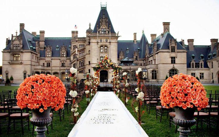 Лучшие места для свадебной церемонии http://idesign.today/arxitektura/luchshie-mesta-dlya-svadebnoj-ceremonii #wedding #bestplaces #love #design #architecture