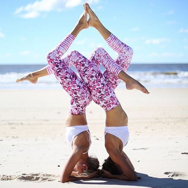 "1,646 Likes, 59 Comments - YOGA INSPIRATION (@yogspiration) on Instagram: ""NEW YOUTUBE VIDEO (link in bio)  3 EASY ACRO poses anyone from first time beginner to advanced…"""