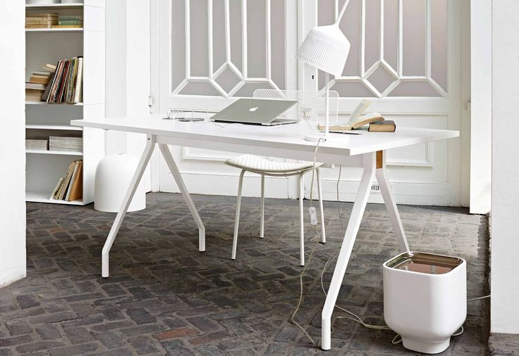15 best images about ligne roset 39 desks 39 on pinterest. Black Bedroom Furniture Sets. Home Design Ideas