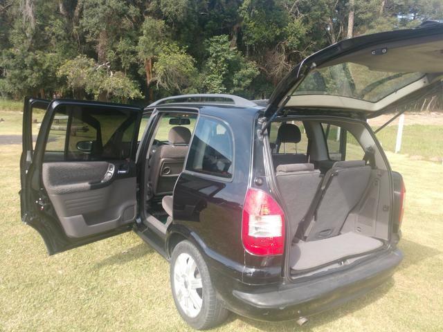 Zafira Elegance Foto 4 Vans Carros E General Motors