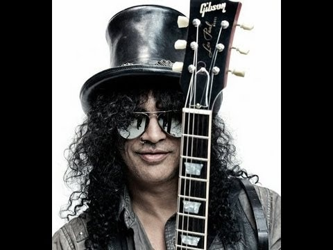 Slash Wins Guitarist of the year in Loudwire Awards