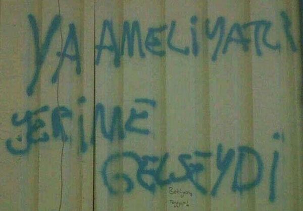 Direnişini anlatan duvar yazıları