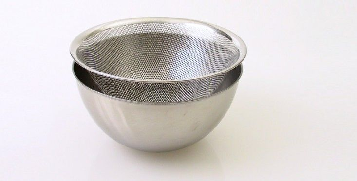 Stackable Sori Yangagi Stainless Steel colander and bowl | Remodelista. available on amazon.com
