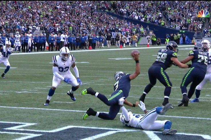 Potros despejó de los Seahawks' 36 yardas de la línea y salió con una seguridad