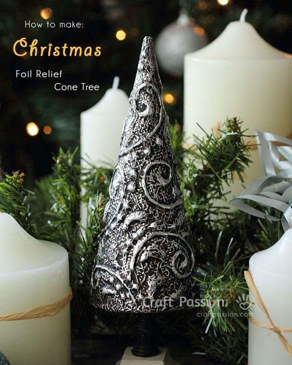 Πώς να φτιάξουμε ένα υπέροχο χριστουγεννιάτικο δέντρο με αλουμινόχαρτο! | Φτιάξτο μόνος σου - Κατασκευές DIY - Do it yourself
