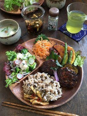 玄米プレート【豆腐・おから・ひじきの入ったハンバーグ】 レシピブログ