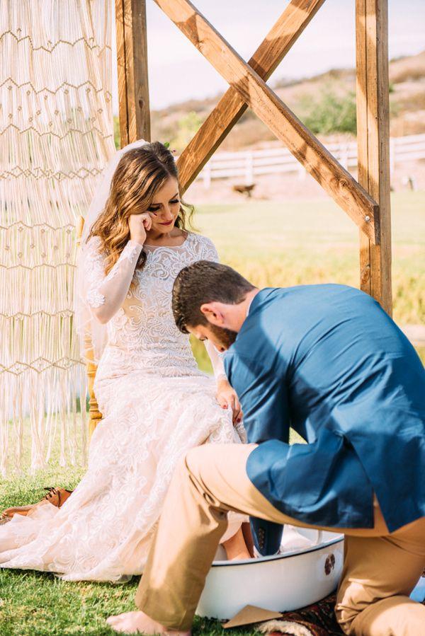 Fl Inspired Treehouse Wedding Foot Washing