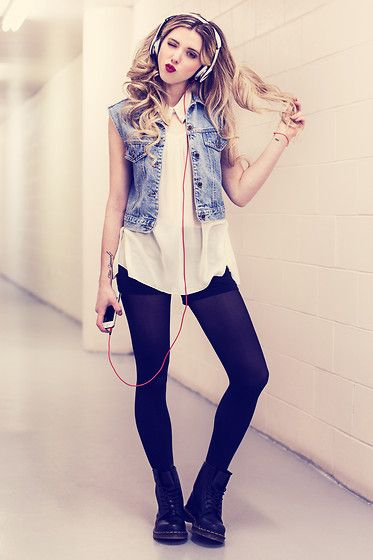 Nothing but the beat (by Jessy Gosselin) http://lookbook.nu/look/4557315-Nothing-but-the-beat