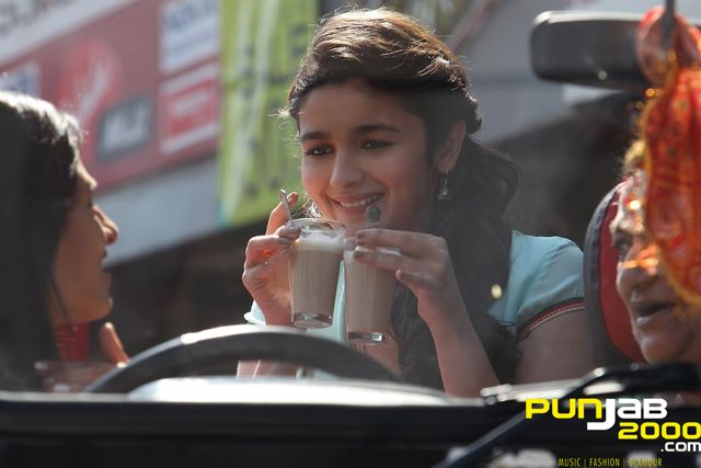 "This month Vogue's Fair Lady Alia Bhatt sings a track number for director Shashank Khaitan's Humpty Sharma Ki Dulhania"", produced by Karan Johar. Self confessed bathroom singer Alia Bhatt was heard singing on set while travelling with the cast and crew of ""Highway"""