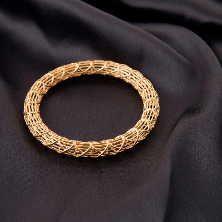 Studio Tara Gold Bangle A1071 - Jewellery / All Jewellery - Parisera